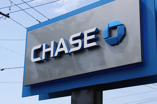 Chase online banking makes it easy to track your money from anywhere with an Internet connection. If you have an account with Chase, or are thinking about getting one, then this is .